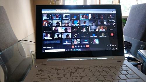 Screen ze spotkania online młodzieży działającej w projekcie Erasmus+